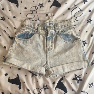BDG High Rise Light Wash Mom jean shorts